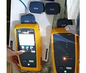 Máy test FLUKE DSX-5000 chuyên dụng test băng thông cáp mạng.