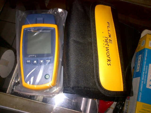 Máy test cáp mạng Fluke MicroScanner2 MS2-100